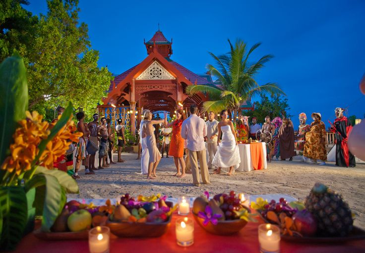 Sandals Island Lights Up The Night With Caribbean Entertainment