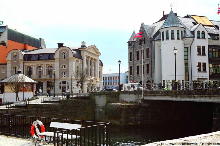 Ålesund - centrum miasta.  #Ålesund #Alesund #Norwegia #emocjewcenie