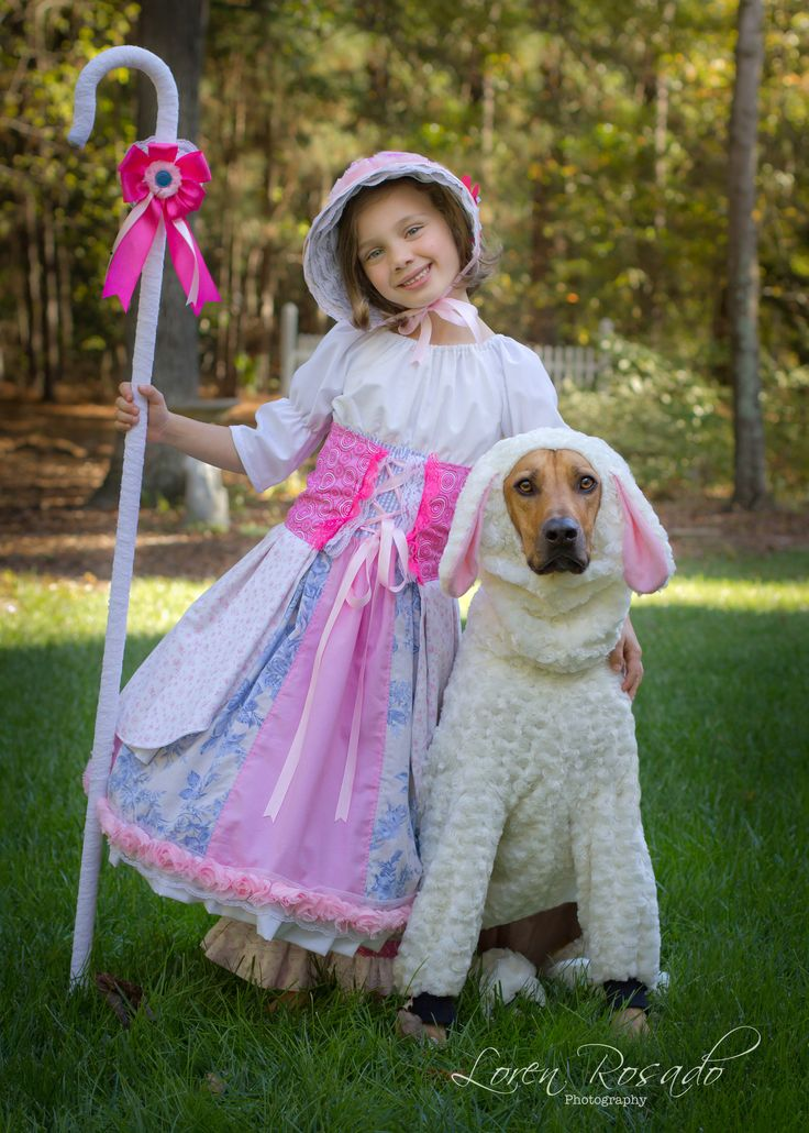Little Bo Peep And Her Sheep Top Halloween Costumes