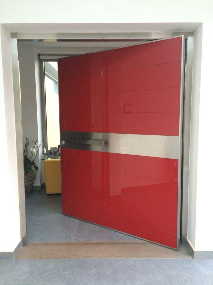 Μονόφυλλη Γυάλινη Θωρακισμένη Πόρτα 1,50m Golden Door. #mparolas #aluminium #systems #GoldenDoor #safety