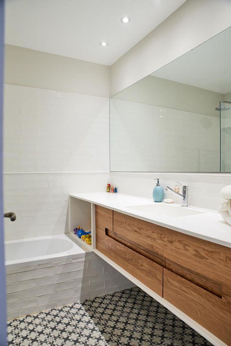 אי של שפיות: דירה תל אביבית צבעונית בחתימה אישית | בניין ודיור