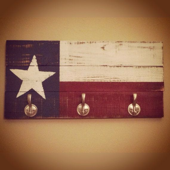 Pallet Distressed Wood Texas Key Ring Rack Coat Rack Multipurpose Wall Decor Art Teacher Housewarming Wedding
