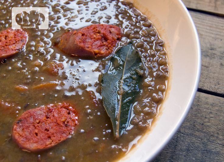 Receta de lentejas estofadas con chorizo | pepa cooks