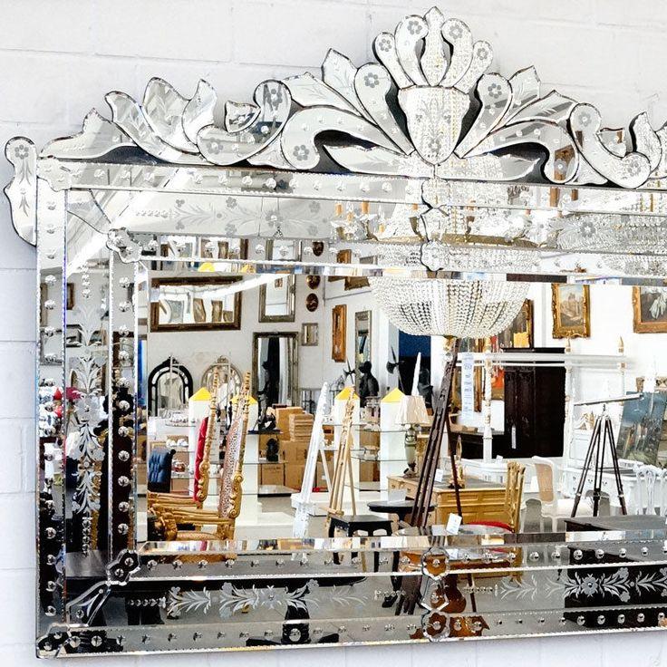die besten 17 ideen zu gro e wandspiegel auf pinterest wandspiegel spiegel und spiegelw nde. Black Bedroom Furniture Sets. Home Design Ideas