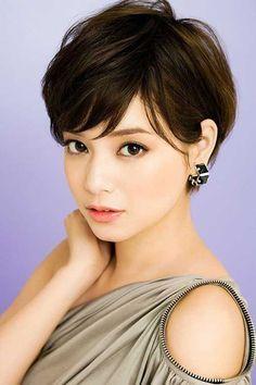 Sensational 1000 Ideas About Women Short Hair On Pinterest Violet Hairstyles For Women Draintrainus