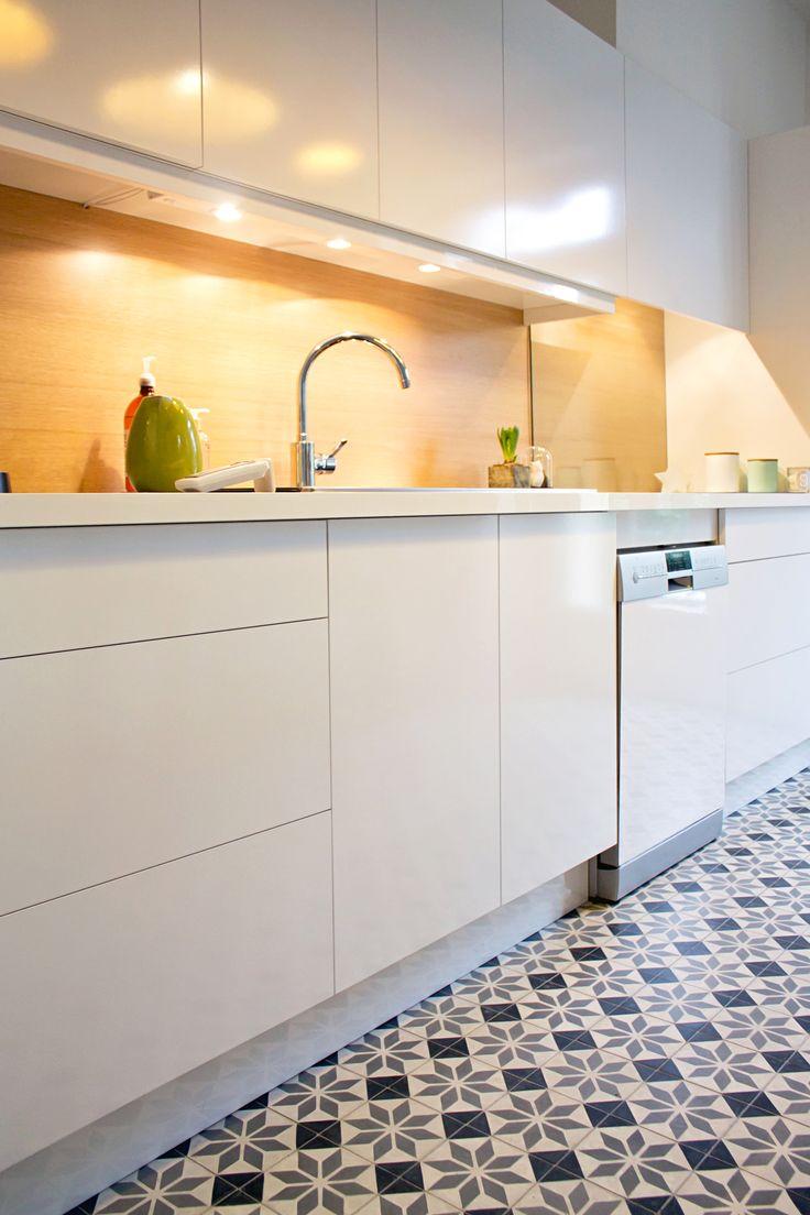 les 20 meilleures id es de la cat gorie cuisine blanche et bois sur pinterest compteur de bois. Black Bedroom Furniture Sets. Home Design Ideas