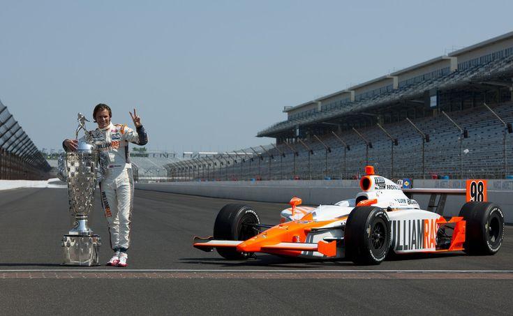 Dan Wheldon Photos: Indianapolis 500 Mile Race Champions Portrait Session