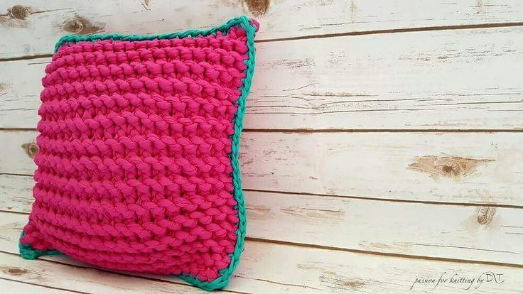 T-shirt yarn Knitted handmade pillow by DLThandmade - sweet Strawberry   https://www.facebook.com/DLThandmade/  #DLThandmade #passionforknitting #hoookedzpagetti #hoooked #interiordesign  #homedecoration