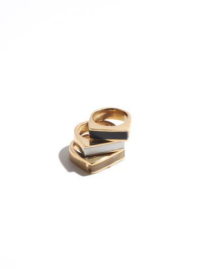 SOKO Black Horn Line Ring