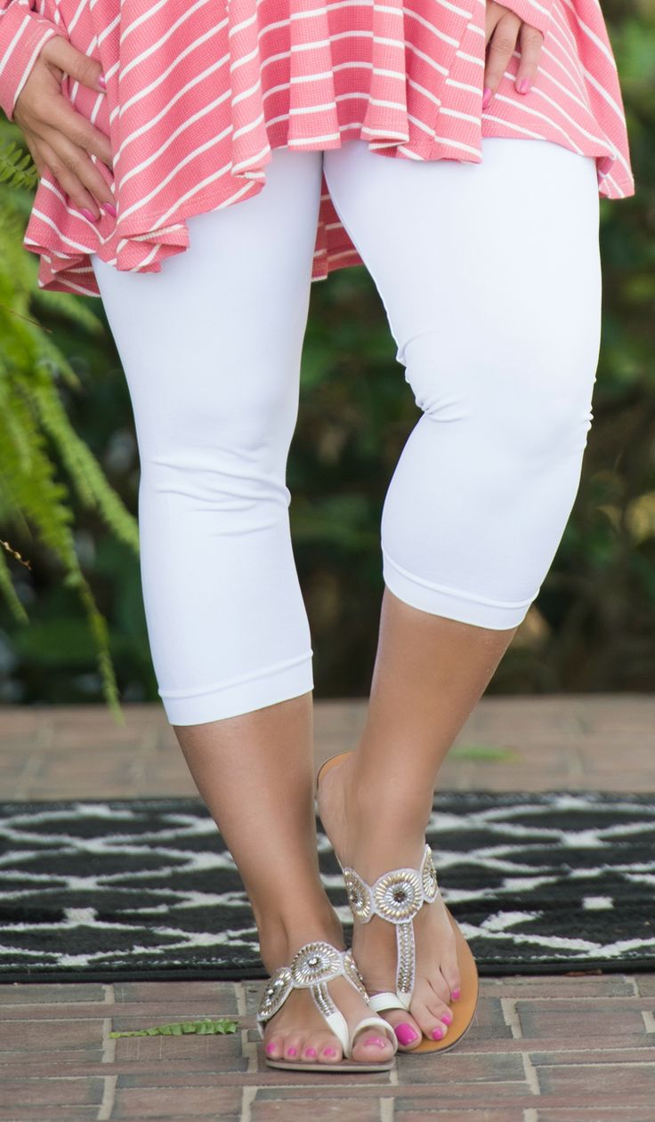 Luxury Awaits Capri Legging - White - Perfectly Priscilla Boutique