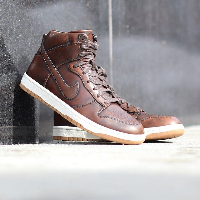 NIKE dunk hi sp burnished