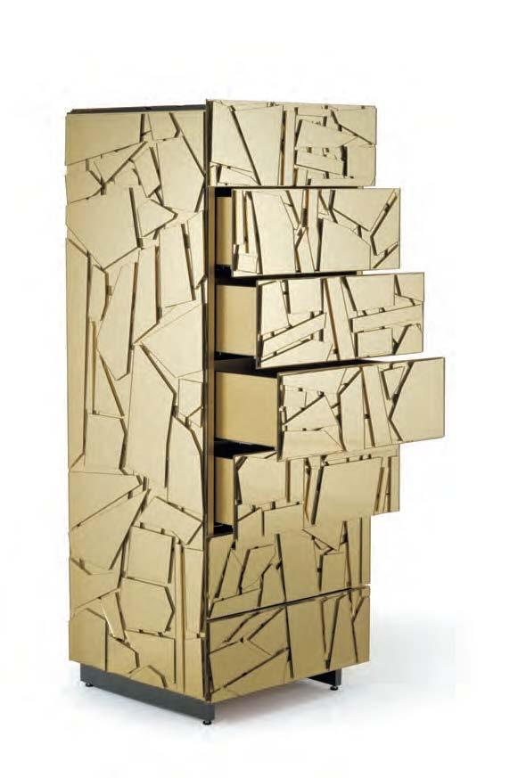 Edra, armario modelo Scrigno diseñado por Fernando & Humberto Campana. Mobiliario de diseño para hogar, hoteles y contract. (Espacio Aretha agente exclusivo para España).