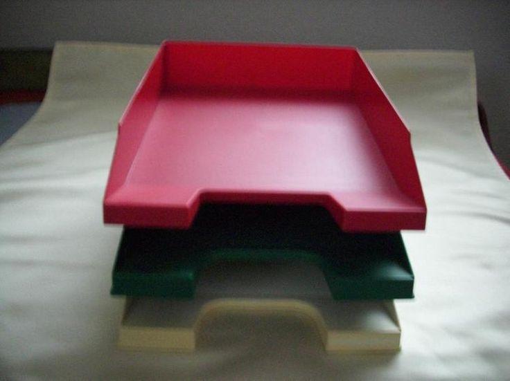 58) 3 Ablagekörbe, Briefkörbe, Preis 1€ pro Korb (rot, grün weiß)