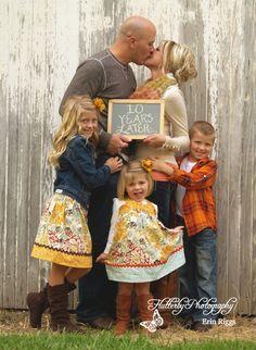 Familienfoto für das Zehnjährige Jubiläum #Rosenhochzeit #Erinnerung #Einladung