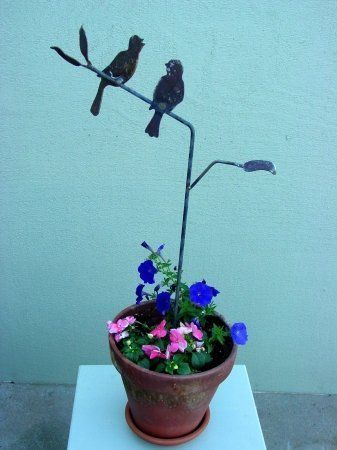 Z Garden Party 830 Tweeters Love Birds On Tree Stake by Z Garden Party. $19.50. Design is stylish and innovative. Satisfaction Ensured.. Manufactured to the Highest Quality Available.. Great Gift Idea.. The tweeters sing a happy spring song and are a cheerful accent to any pot. Cut from 10 gauge rusted steel.. Save 23% Off!