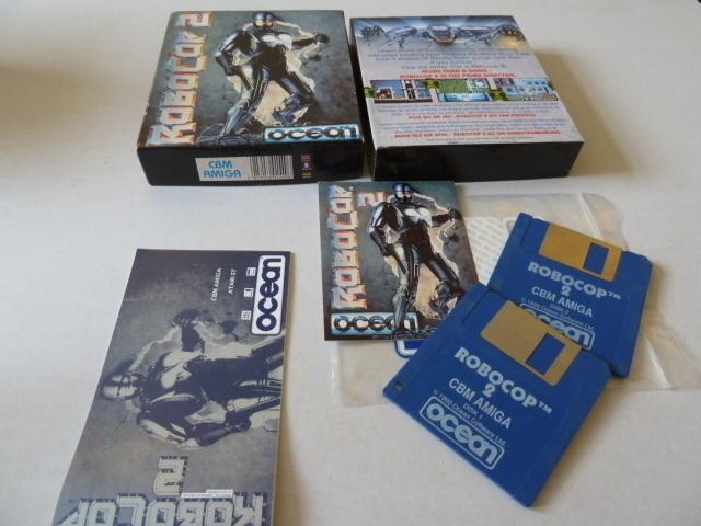 RoboCop 2 Amiga 500 box