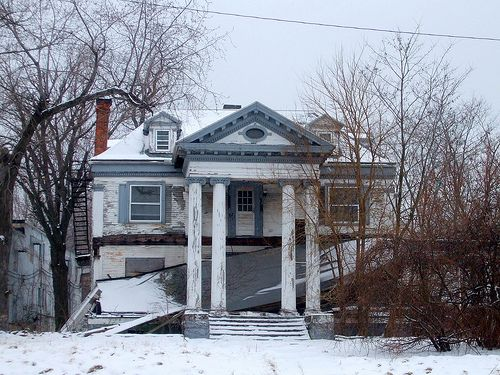 "Abandoned Mansion on Euclid Avenue: East Cleveland, Ohio | mbmatt356.  Euclid Avenue was dubbed ""MIlionaires Row"" and ""the most beautiful street in America"" one hundred years ago. Sadly, the times have changed."