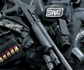 Police Swat Weapons HD Wallpaper
