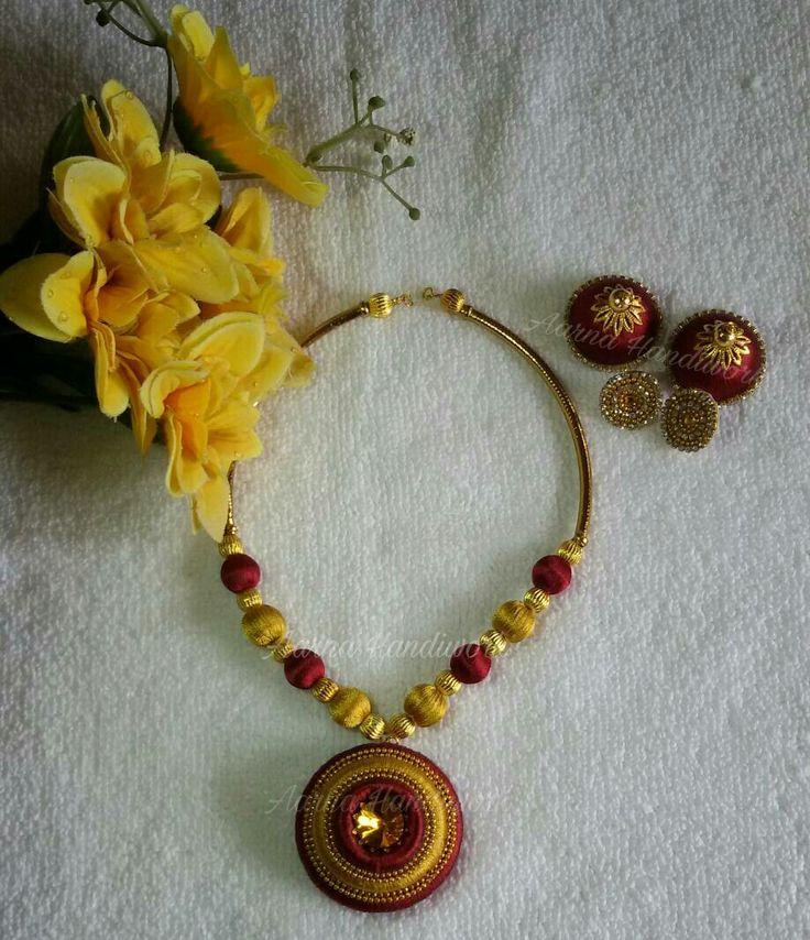 Marron, Gold Necklace