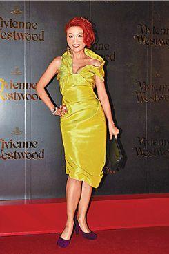 Amanda Lee in Vivienne Westwood 李蕙敏