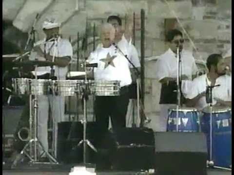 ▶ Tito Puente - Oye Como Va (Live) - YouTube
