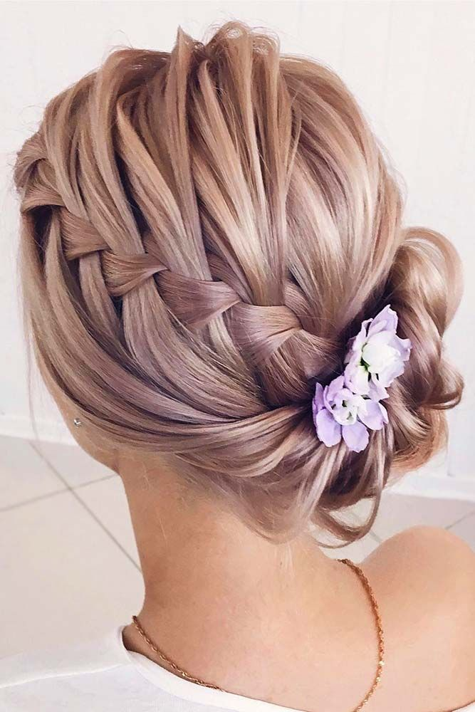 33 Casual And Easy Updos For Short Hair Wedding Pinterest