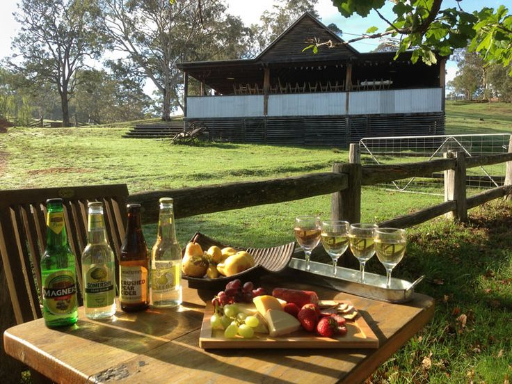 Óur Cider Sampler.. great country experience