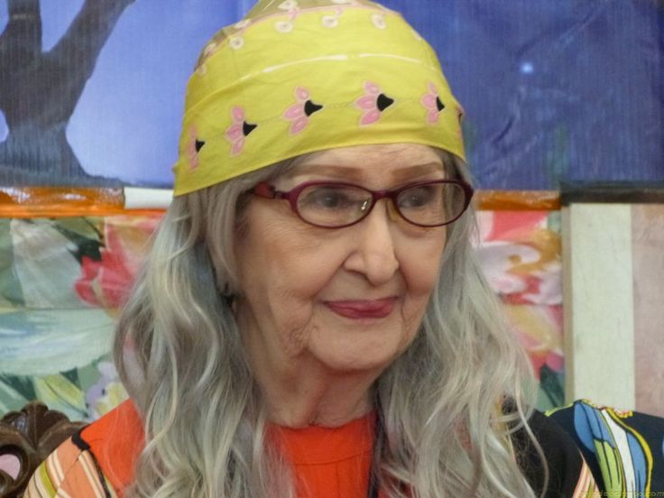 GLORIA ROMERO | 10 Facts About Philippine Cinema's Living Legend and Millennial Lola