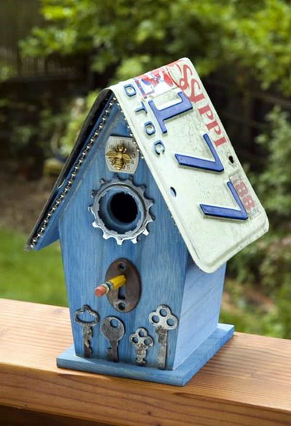Best 25 painted birdhouses ideas on pinterest bird for Best birdhouse designs