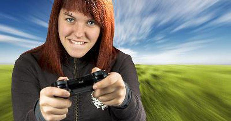 Como gravar jogos de PS3 e fazer upload deles no YouTube. Você, provavelmente, já viu vídeos de jogos do PlayStation 3 que estavam sendo jogados e que foram enviados para o YouTube. Às vezes, o vídeo é gravado por uma câmera apontada para a tela da TV na qual o PS3 está conectado. Outras vezes, o vídeo é de maior qualidade - parece que ele foi capturado diretamente do PS3. Parece assim por um bom motivo: ...
