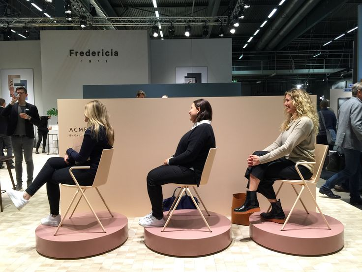 GREAT DANE AND ARENT&PYKE ROAD TESTING THE ACME CHAIRS, NEW FROM FREDERICIA  #GREATDANESTOCKHOLM  #GREATDANESTOCKHOLMFAIR  #GREATDANETRAVELS