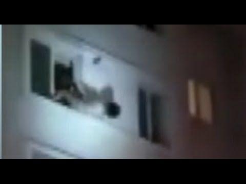 ❝ Video muestra cómo un bombero atrapa a una mujer que caía de un sexto piso ❞ ↪ Vía: Entretenimiento y Noticias de Tecnología en proZesa