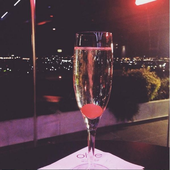 A glass of sparkling wine and the amazing night view of #Trikala city make any trip better! #Greece #tresorhotels http://www.tresorhotels.com/en/hotels/25/ananti-city-resort https://instagram.com/tresorhotels/