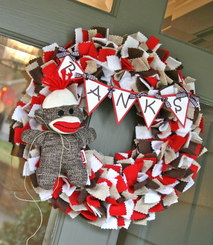 sock monkey birthday party | Sock Monkey theme a few months ago after seeing the most adorable sock ...