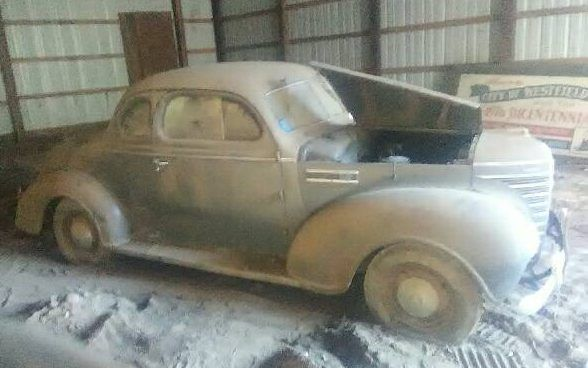 Parked Since '64! Dusty 1939 Plymouth Business Coupe #BarnFinds #Plymouth - https://barnfinds.com/parked-since-64-dusty-1939-plymouth-business-coupe/