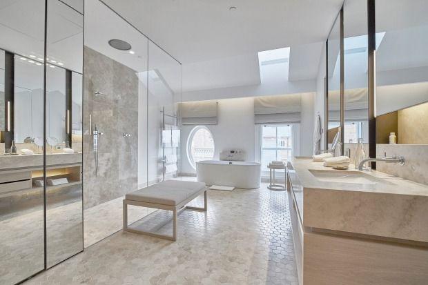The Heritage Room bathroom at COMO The Treasury, Perth.
