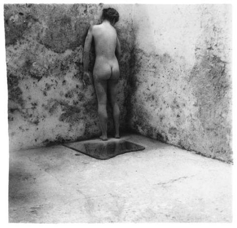 Francesca Woodman - Self-Deceit, 1978: Le Communart, Art Appreciation, Rome Italy, Francesca Woodman, B W Photography, Woodman 195881, Incr Photographers, 11 Photoshoot, Evelyn Photography