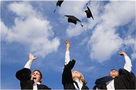 Recent Graduates: Contract versus Permanent Employment