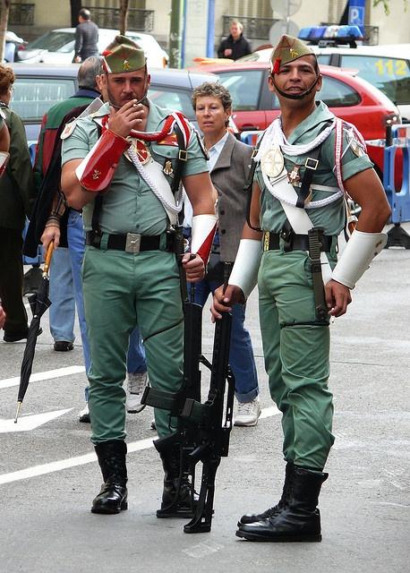Legion Española Any informations about this pictures? Please make a comment...  ¿Tienes informaciones sobre ésta imagen? Deja un comentario por favor... Des infos à propos de cette image ? S'il vous plaît, faites un commentaire...
