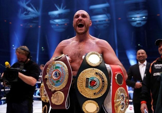 Knock-out door depressie en cocaïne wereldkampioen boksen Fury geeft titel op - Het Nieuwsblad