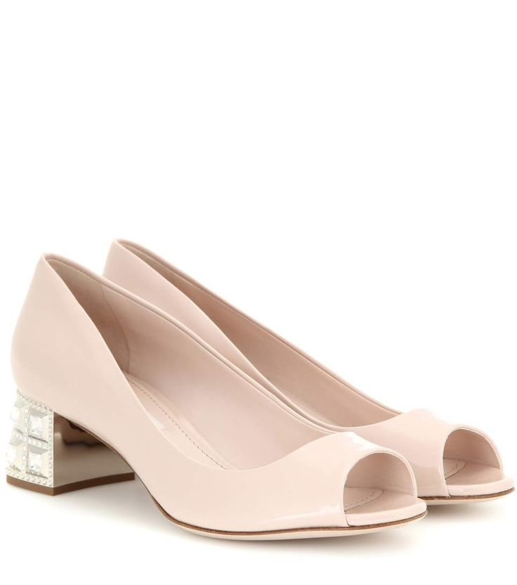 str. 42 // Nude open-toe patent leather pumps with crystal embellished heel
