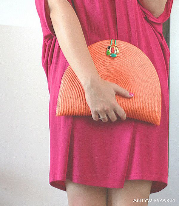 DIY Purse Made Out Of A Placemat