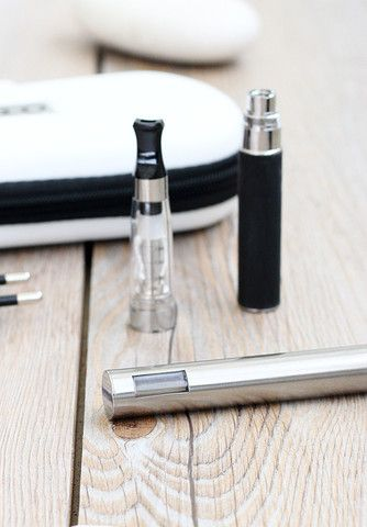 #E cigarett - LCD Starter Kit Double - 650 mah – #I LIKE E-CIGARETTES