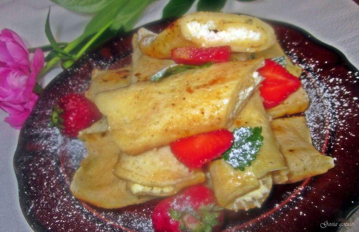 Gosia gotuje: Naleśniki z białym serem i rodzynkami