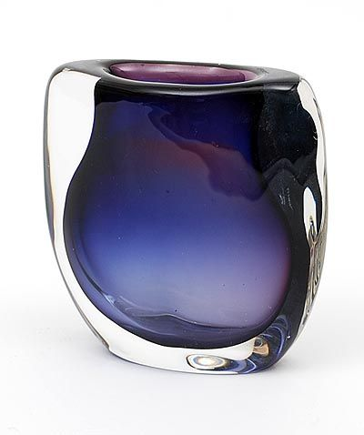 Heavy glass Serica vase No.25 with blue purple spiral and clear glass overlay design Floris Meydam 1958 executed by Glasfabriek Leerdam / the Netherlands