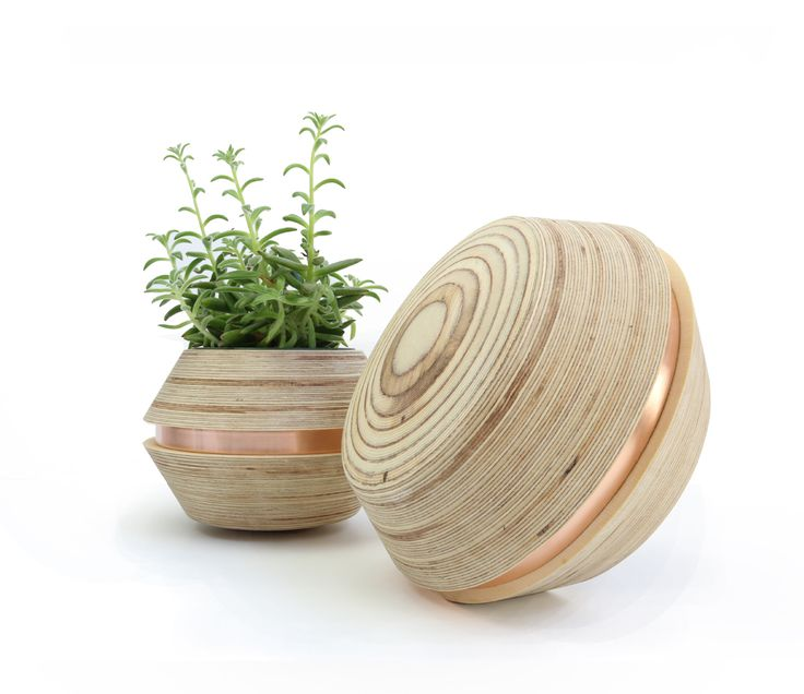 Power to Make _ Wobble pot with copper belt http://thebigdesignmarket.com