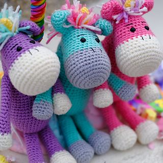 Join the Furls January Amigurumi CAL for this fun pattern and create your very own whimsical little unicorn in cheerful spring time colors, to beat the winter blahs!
