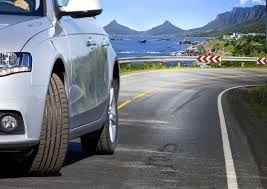 Nem árt tudni: a téli gumi nyáron veszélyes       Vannak olyan autósok – méghozzá a statisztikák szerint sajnos továbbra is elég sokan –, akik csak legyintenek, ha meghallják, hogy a téli gumi nyáron veszélyes lehet.