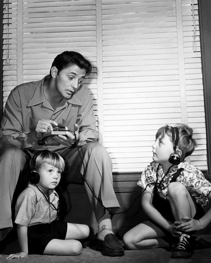 Robert Mitchum Top Left, And His Sons Canvas Print -6950