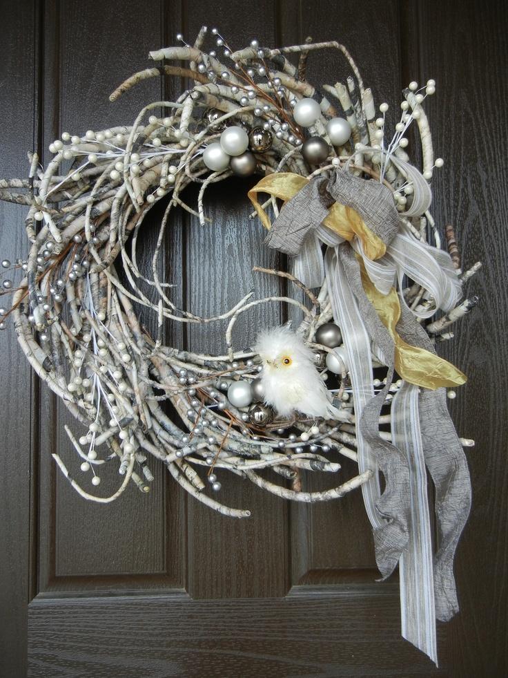 Adorable winter wreath idea
